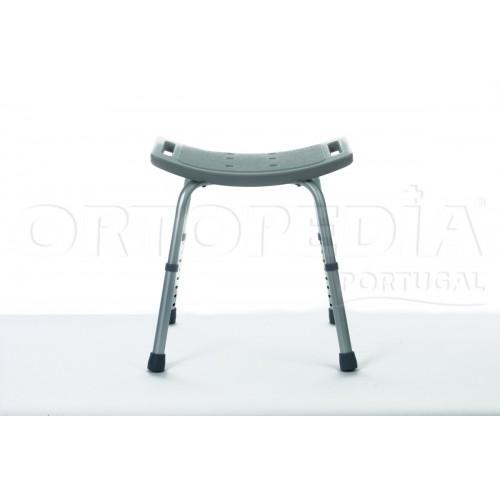 Cadeira para banho e regulável em altura
